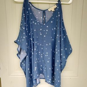 NWT Love Stitch blue starry top